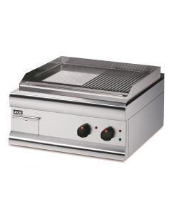 This is an image of a Lincat Silverlink 600 HalfRibbed Electric Griddle Dual Zone 600mm Wide GS6TRE