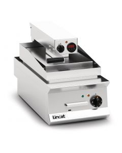This is an image of a Lincat Opus 800 Clam Griddle OE8211