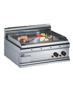 This is an image of a Lincat Silverlink 600 Machined Steel Dual zone Natural Gas Griddle GS7N