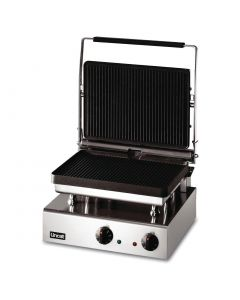 This is an image of a Lincat Lynx 400 Electric Heavy Duty Panini Grill GG1P