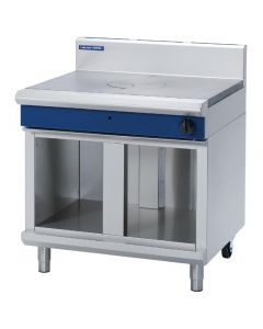 This is an image of a Blue Seal Evolution Cabinet Base Target Top Nat Gas 900mm G57-CBN
