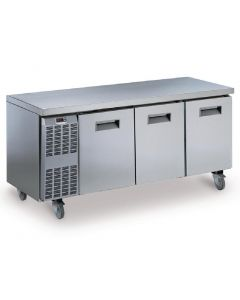 This is an image of a Electrolux Benefit Line Refrigeration Counter 3 Door 415Ltr StSt Castors RCSN3M3UK