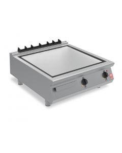 This is an image of a Falcon F900 Smooth Steel 800mm Griddle E9581
