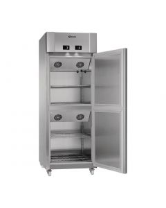 This is an image of a Gram Eco Twin 2 Half Door 572Ltr Combi FridgeMeat Fridge KM 82 CCG C1 4S
