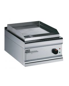 Lincat Electric Griddle Hard Chrome Plated - 415Hx450Wx600mmD 2.7kW (Direct)